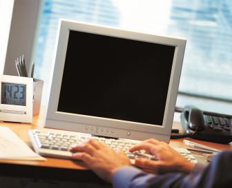 As empresas exigiam noções em informática como critérios de seleção