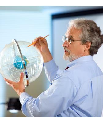 Contribuições para a aula de Física Moderna: o efeito fotoelétrico
