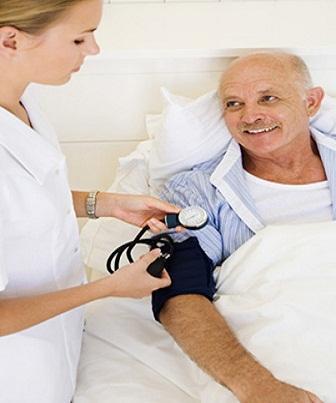 Ao avaliar as punções do paciente estipula-se as trocas dos cateteres