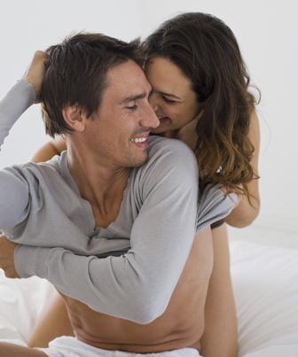 Herpes é transmitido por contato sexual
