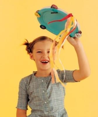 Com uma boa dose de criatividade é possível criar um pandeiro reciclável