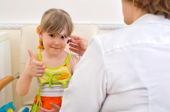 O fonoaudiólogo pode ter como foco as produções da criança