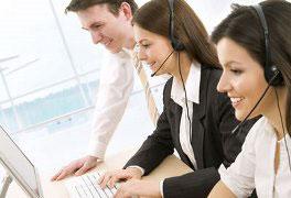 Operador de Web Contact Center e redes sociais