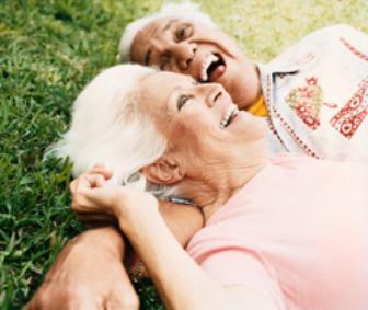 Cuidador de idosos: descubra a importância dessa profissão