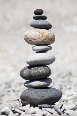 Resultado de imagem para pedras sob pedras