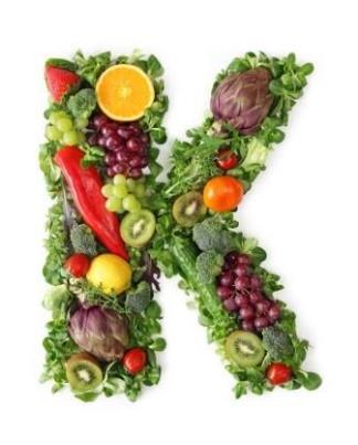 Vitamina K: metabolismo, fontes e interação com o anticoagulante varfarina