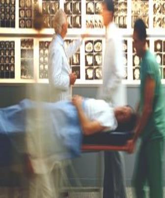 Enfermeiro na unidade de terapia intensiva é essencial