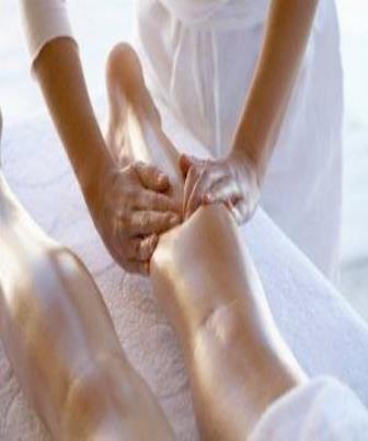 Massagem trata o problema de dentro para fora ressaltando a beleza