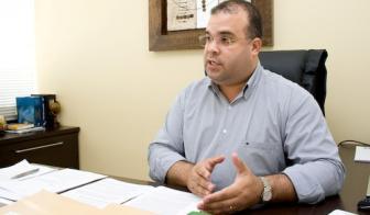 Evandro Silva Barros fala sobre compra de monografias