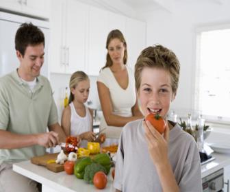 Como a fono pode ajudar seu filho a comer melhor