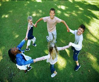 Na Educação Infantil, as crianças compartilham um conjunto de situações