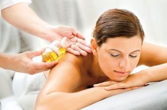 Dia estressante? Que tal uma massagem relaxante?