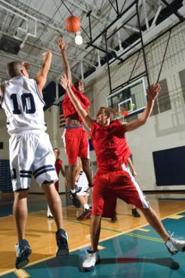 Clube do Otimismo realizaram o primeiro jogo de basquetebol em cadeira de rodas