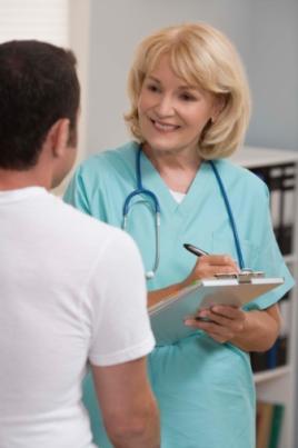 Simples e completo: o exame físico realizado pelos enfermeiros