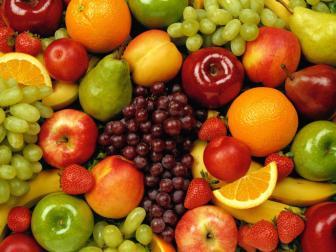 As frutas desempenham importante função na alimentação das crianças