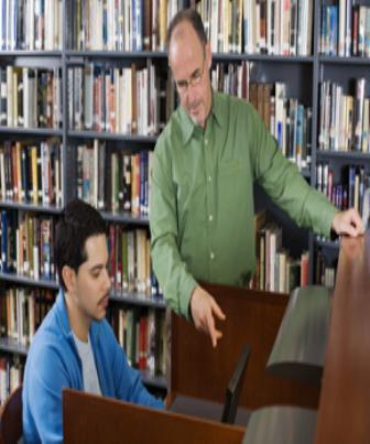 Alguns autores caracterizam a função do orientador como aquele que coordena