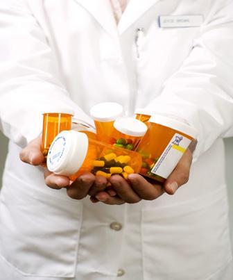 Aquisição de matéria-prima e materiais de embalagem nas farmácias de manipulação