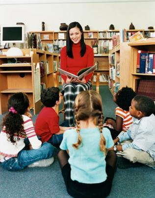 O professor deve preparar a criança antes de expô-la a atividades gráficas
