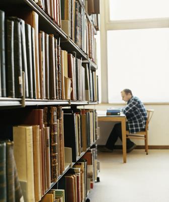 Realizar uma pesquisa bibliográfica faz parte do cotidiano de todos os estudantes