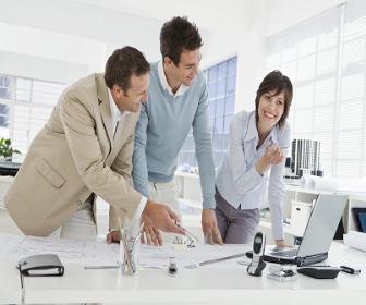 Existem diversos tipos: planejamento fisico, planejamento econômico, etc
