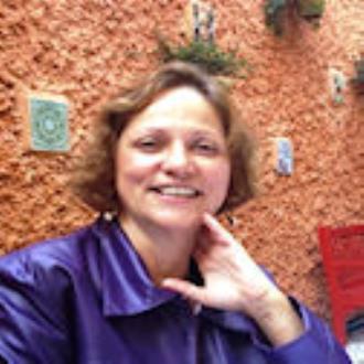 Yolanda Hollaender