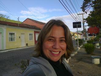 Lara Perdigão Léllis Ferreira